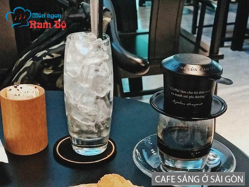 Phong cách cafe sáng ở Sài Gòn