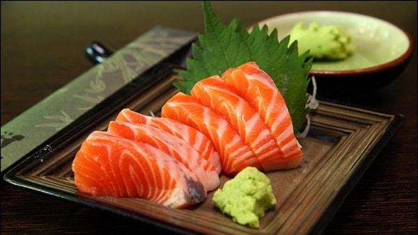 Gỏi cá hồi làm thế nào để có hương vị thơm ngon? 1