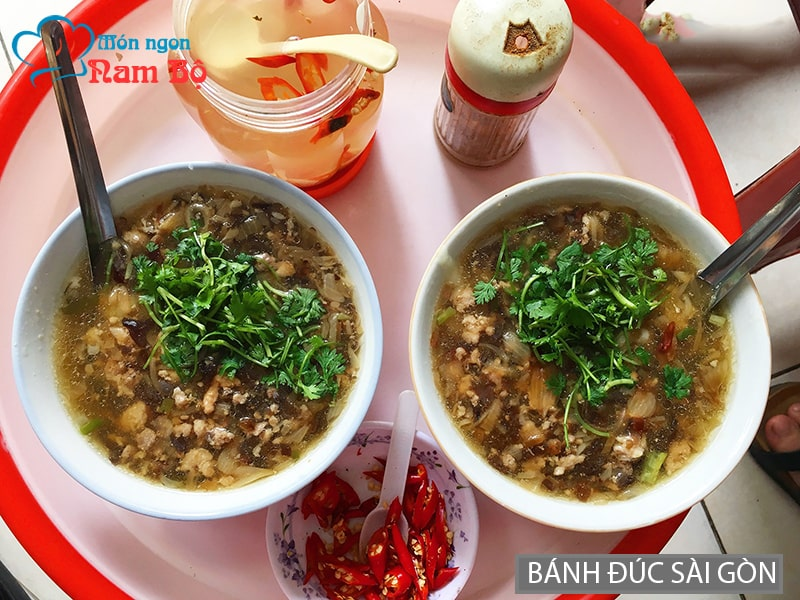 Ăn bánh đúc ngày mưa gió ở Sài Gòn