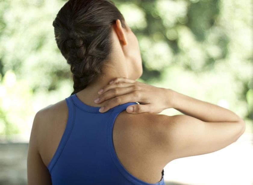 Thoát vị đĩa đệm cột sống cổ là gì, các dấu hiệu thường gặp 3