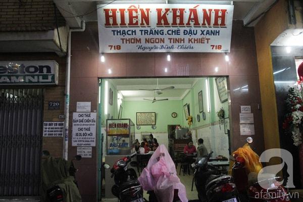 Đi khắp Sài Gòn, nếm thử 10 quán chè nổi tiếng 5