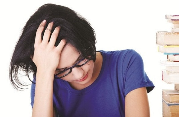 Phân biệt bệnh đau nửa đầu với đau đầu do thiếu máu lên não 1