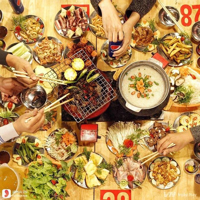 Dia-chi-an-uong-8-3-tai-thanh-pho-Ho-Chi-Minh-9-min