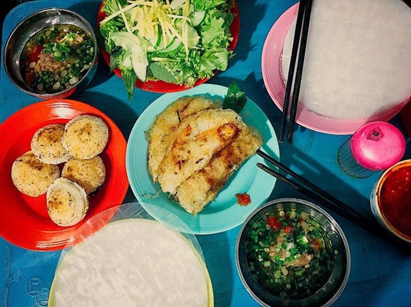Bánh căn – bánh xèo món ăn không thể bỏ qua khi du lịch ở Phan Rang
