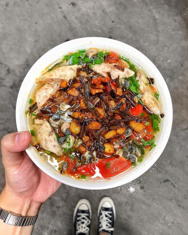 Bún ốc là món ăn không thể bỏ qua khi du lịch Phan Rang
