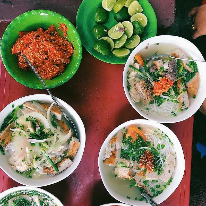 Bún sứa là món ăn không thể bỏ qua khi du lịch Phan Rang